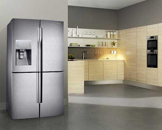 Phong thuỷ đặt tủ lạnh trong bếp là không đặt tủ lạnh đối diện với bếp nấu